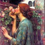 девушка вдыхающая аромат розы