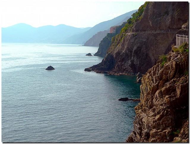 Скалы. Море