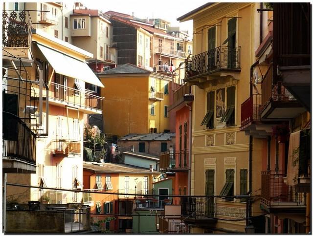 Тесные улочки Италии