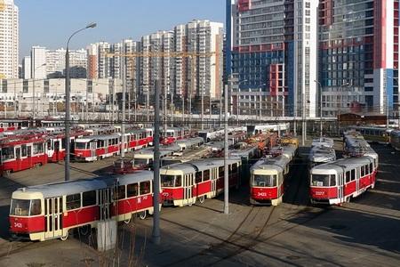 красные трамваи