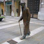 Статуя Умберто Саба в Триесте