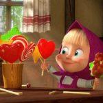 Маша со сладостями