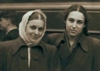 Юнна Мориц с мамой